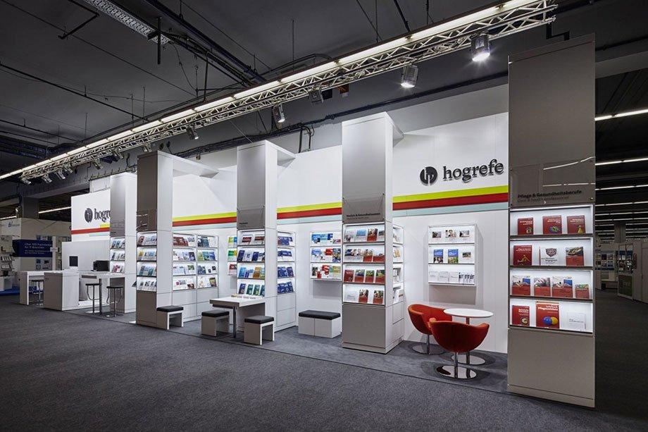 Hogrefe Verlag Messebau Siehr Messestand 5