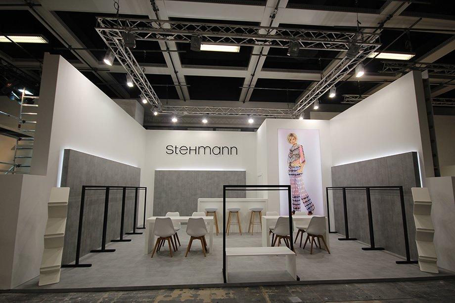 Stehmann Reihenstand 920x613px