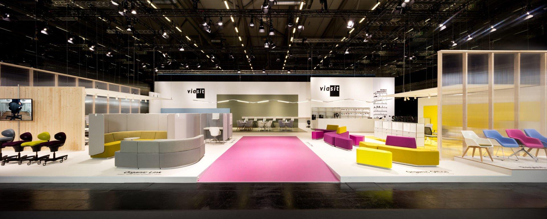 Messebau Koeln Orgatec 2018 Viasit Messedesign Messebauer Front Rl